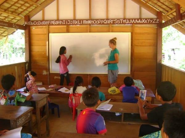 Cambodia School Volunteer