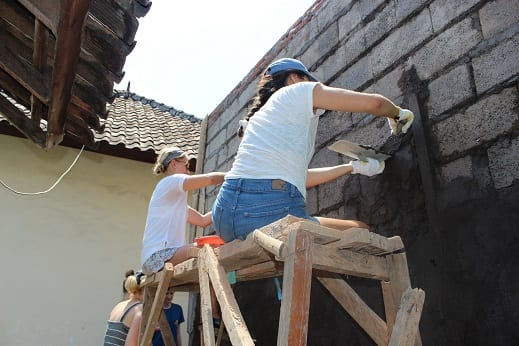 Construction Volunteer Lovina Bali